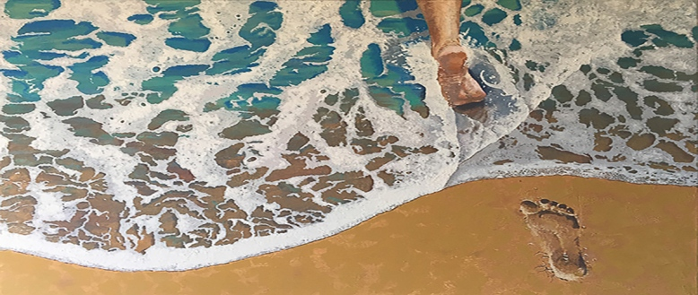 footstep in the sea