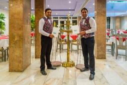 Raj Indian Restaurant (4)