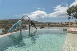 yoga-retreat-venue-river-house-pool-arch-pose-8