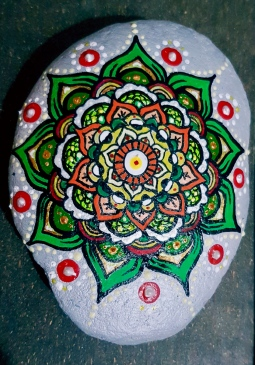 'handpainted medium stone mandala' © Free Spirits Artworks
