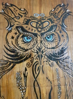 'handpainted owl on choppingboard 2' © Free Spirits Artworks