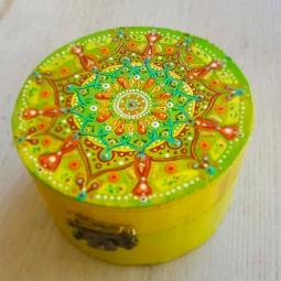 'trinketbox medium mandala 1' © Free Spirits Artworks