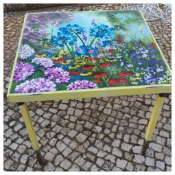 Folding card table finished in yellow with light distressing and handpainted floral design table top © Samantha van der Westhuizen//100% Relvd